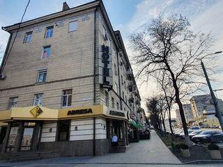 Apartament cu 2 camere, sect. Centru, bd. Constantin Negruzzi, 41900 €