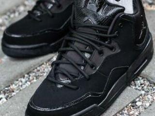 продаю обувь Nike jordan courtside  по доступной цене(unisex) 38 размер