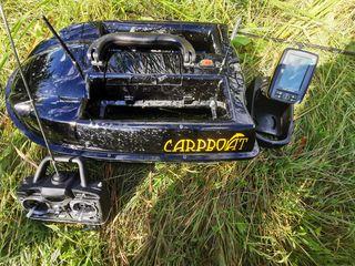 Прикормочный кораблик Carpboat с эхолокатором Fish Finder FD-500