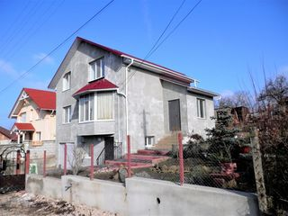 Casa in zona linistita Dumbrava.Mobilata.