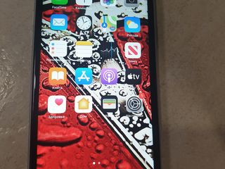 Iphone XR 64 gb 5950 lei