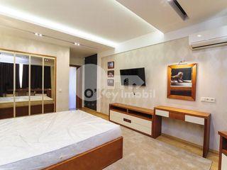 Apartament cu 2 camere, bloc nou, Centru, 550 € !