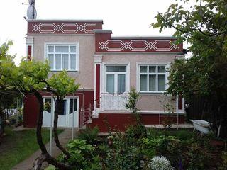 Casa originala in satul Glinjeni