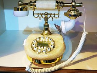 Бесплатная доставка! Телефон с Ретро дизайном. Новый! 1190 лей.