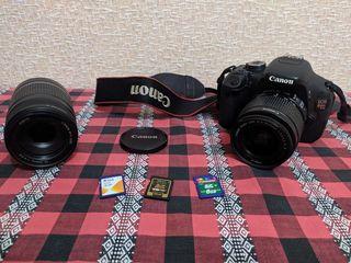 Dau în arendă aparat de fotografiat semiprofesional