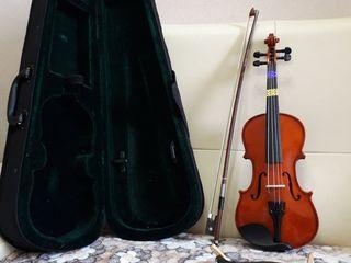 Продам скрипку 1/4 в отличном состоянии