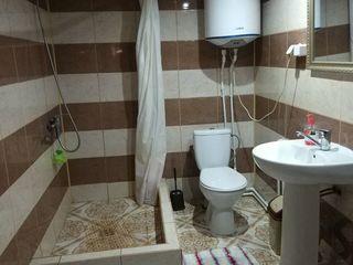 Продается жилой дом в г.Комрат на 10-и сотках земли