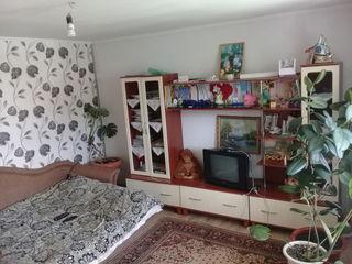 Se vinde casa noua cu conditii foarte bune , mobilata , 50 km de la Chisinau