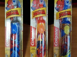 Colgate детские зубные щетки .