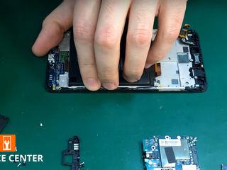 Xiaomi Mi 8 Lite  Nu se încarcă smartphone-ul. Înlocuiți conectorul!