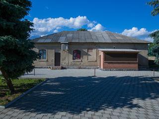 Spațiu comercial/bar/terasă/restaurant în satul Țînțăreni, raionul Anenii Noi