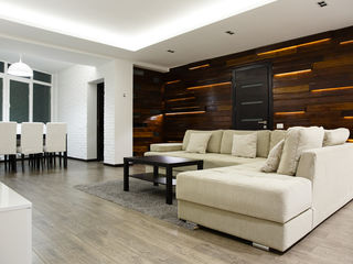 3-х комнатная. Индивидуальный дизайн. 124 m2. Подземная кладовка.
