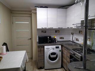 Apartament 1odaie or. singerei. str independentei 91/23