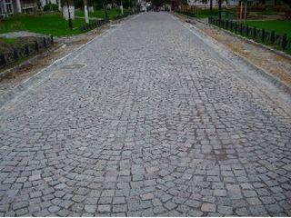 Constructia drumurilor si parcarilor cu pavaj