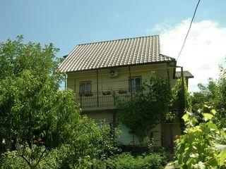 Продаётся дом-дача в Думбраве