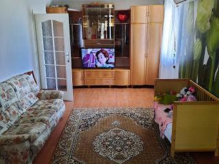 Apartament Ialoveni 3 camere si depozitiera 97 m2