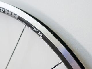 Переднее шоссейное колесо DT Swiss-Novatec