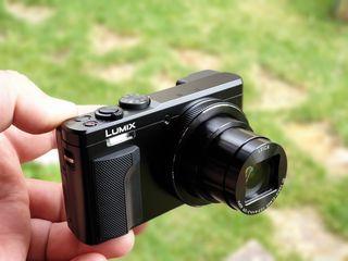Panasonic Lumix DMC- TZ81 4k si TZ71 Full Hd Noi la preturi reduse