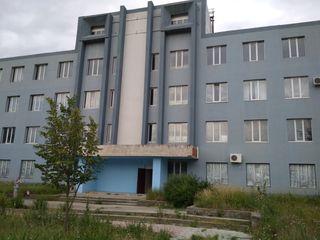 Сonstrucţie de producere şi depozitare cu 4 etaje si teren aferent