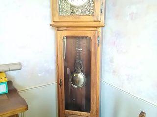 Старинные бретонские дубовые часы