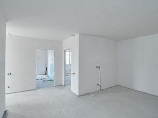Vînd apartament cu 3 odăi , 110 m2 , et.10 din 15 , vedere la parc , Bloc nou de Elită!!