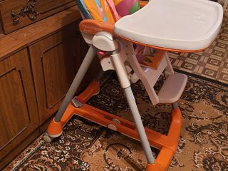 Продам детские стульчики для кормления lorelli - 700 лей и Peg- Perego - 1000 лей