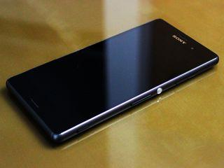 Sony Xperia z 3 la super preț