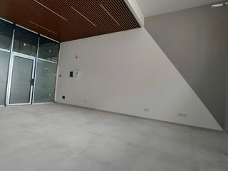 Spre vânzare spațiu comercial 32 m2! Centru!