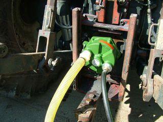 Pompa de apa la tractor
