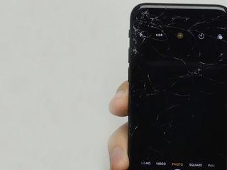Iphone 8/8+ L-ai stricat? Nu-i nimic, adă-l la noi!