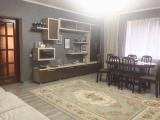 Чёрэску хороший район, двухуровневый добротный дом, ремонт, мебель/Ciorascu casa in sector de elita