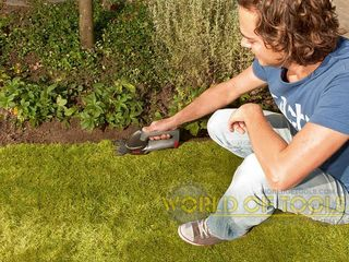 Ножницы с двумя аккумуляторами для травы + кусторезы. Известного производителя - Skil