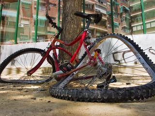 Куплю б/у или новые различные запчасти для велосипеда. Или велосипед на запчасти