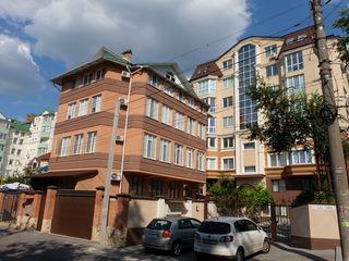 Chirie apartament pentru cei ce apreciaza calitatea si comfortul, centru., str.Zaikin