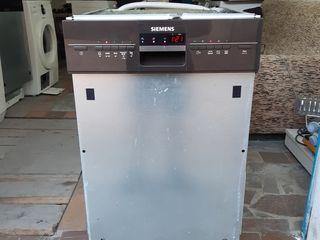 Siemens la 45 cm din Germania, se pune sub masă!