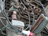 calblu de 3 faze - 500 m;pompă cu cpacitatea de 120 tone, cu motor de 30 KW