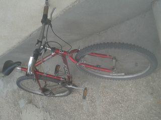bicicleta de vinzare in stare foarte buna aproape noua adusa din italia recent