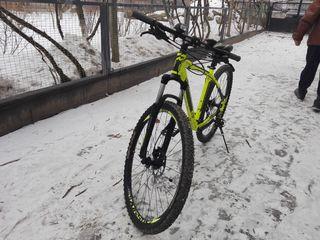 whistle 16 patwin 29  bicicleta este noua sa mers foarte putin cu ia nu are zgirieturi sau fisuri