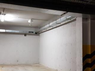 vind loc ce parcare subteran 17,5 m2 str. Albisoara 80/10