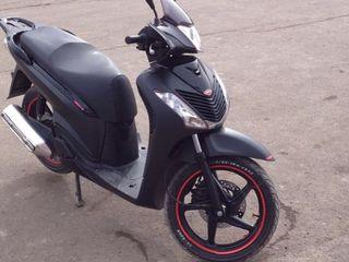Honda sh 150i sport