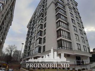 Buiucani! Penthouse, 2 camere separate cu living spațios, terasă! 130 mp!