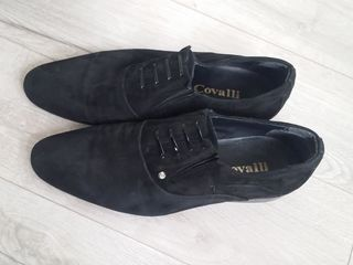 Vand pantofi din piele intoarsa