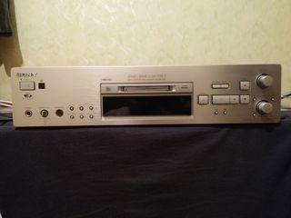 Minidisc MDS-JB980...