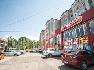 Spre vânzare spațiu comercial/oficiu cu suprafața totală de cca 150 mp.