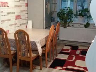 Urgent apartamentul este in stare ideală. Este făcută euroreparatie.