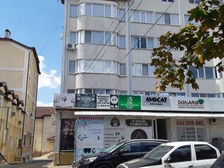 Se vinde apartament în centru or. Ialoveni