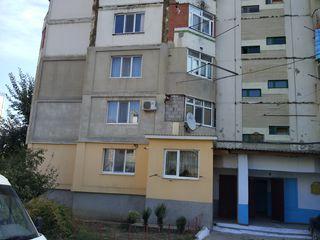 Продается 1/4 часть квартиры в г. Комрат.