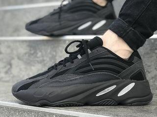 Adidas Yeezy Boost 700 v2 Black Unisex