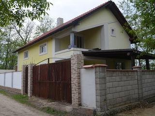 De vînzare casă în Durlești, 2 nivele, 188 mp, 5,4 ari
