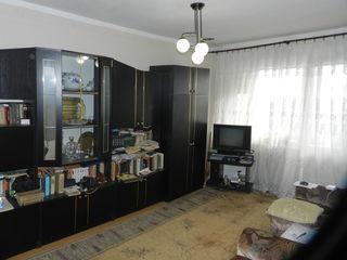 Vinzare, Buiucani, 2 odai, 52 mp, 37500 €